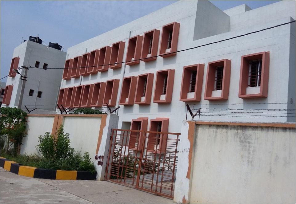 http://govpolytechgajapati.org/wp-content/uploads/2017/03/girls-hostel.jpg
